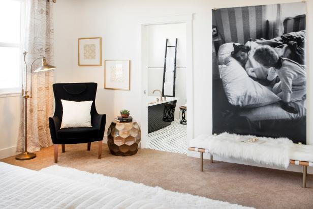 Oversized Black + White Photo