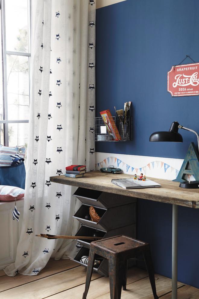 10 Storage bin desk - Creative desks ideas