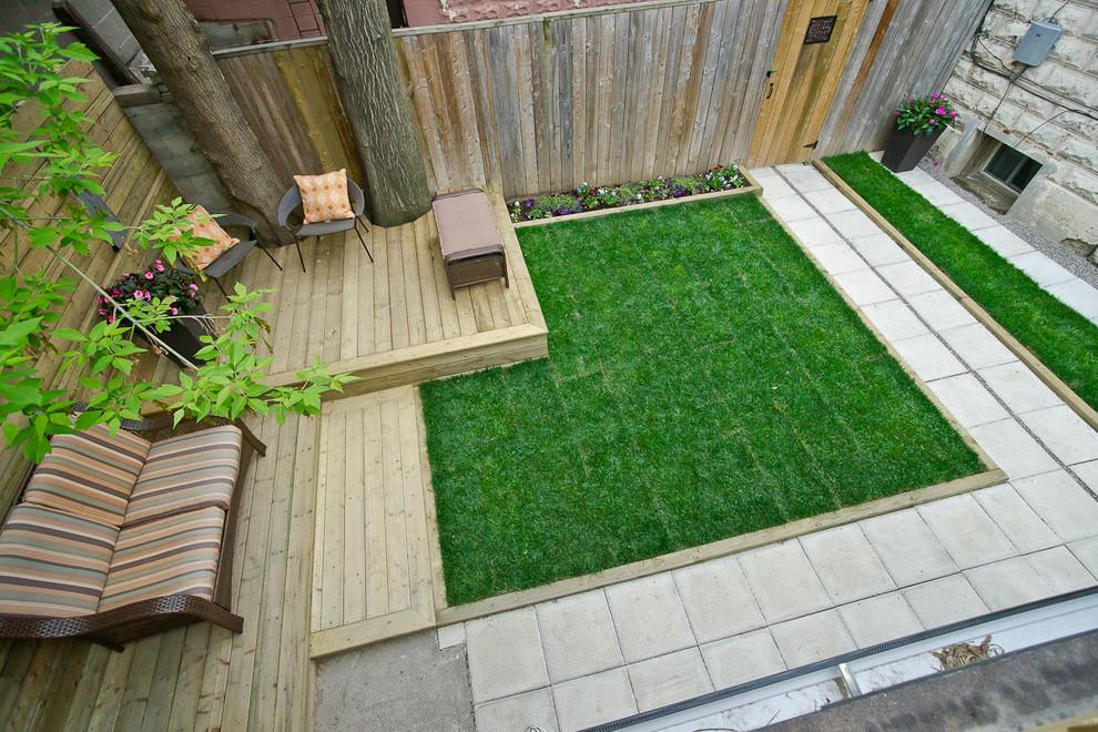 Cozy Small Backyard Design