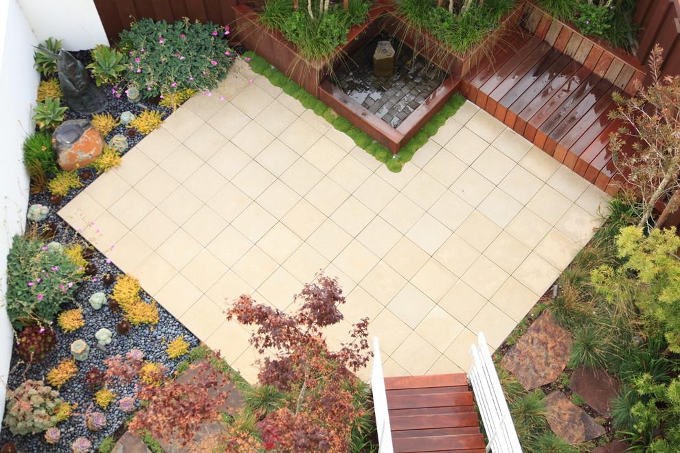 37 Spacious Small Backyard Ideas