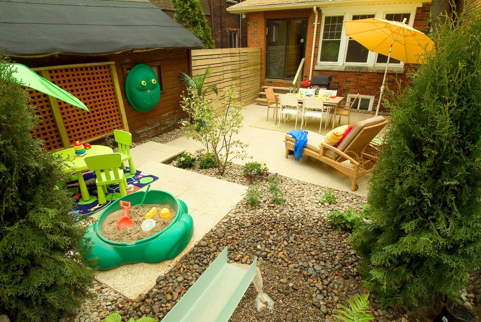 35 Cozy Small Backyard Ideas To Try