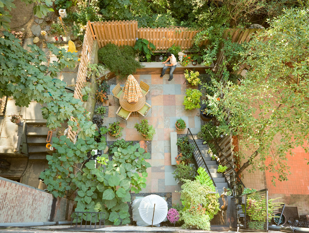 15 On Budget Small Backyard Inspiration